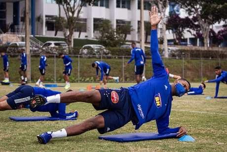Thiago já está trabalhando com os companheiros na Toca da Raposa II-(Gustavo Aleixo/Cruzeiro)