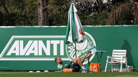 Lucas Lima durante atividade desta segunda, na Academia de Futebol (Cesar Greco/Palmeiras)