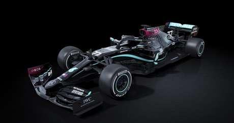 Mercedes W11 número 77 de Bottas: Flecha de Prata na cor preta.