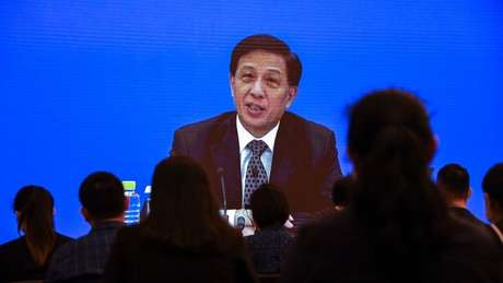 Zhang Yesui, porta-voz do Congresso Nacional do Povo, em sessão