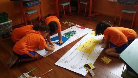 Crianças em foto de arquivo da escola Planeta Azul; diretora Marli Pereira esperava recuperar seu número de alunos após o Carnaval, mas planos foram por água abaixo por conta da pandemia