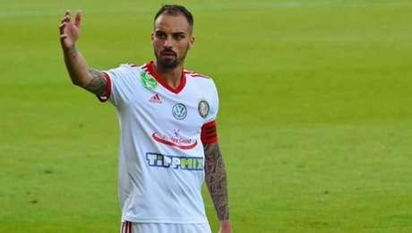 Brasileiro Lucas é capitão e um dos principais jogadores do Kisvárda, da Hungria