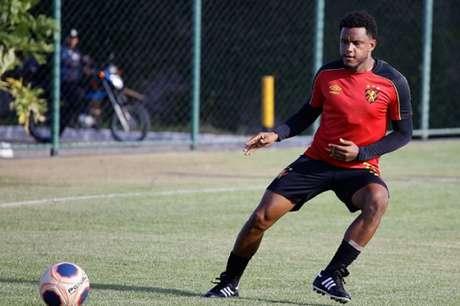 Rithely voltou ao Sport no início deste ano após empréstimo ao Internacional (Foto: Divulgação/Sport)