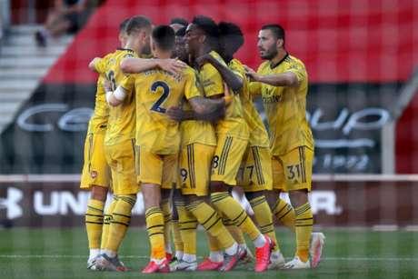Arsenal vive bom momento com duas vitórias seguidas (ANDREW MATTHEWS / POOL / AFP)
