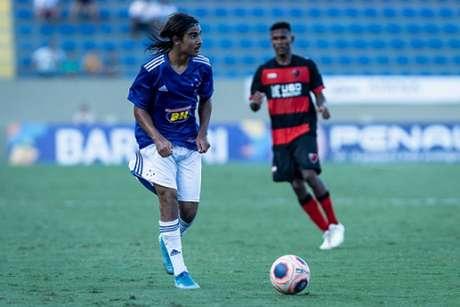Riquelmo terá suas primeiras chances no time profissional do Cruzeiro-(Gustavo Aleixo/Cruzeiro)