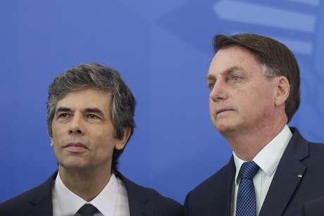 Ex-ministro defende um recomeço 'do zero' nas ações das autoridades para diminuir os impactos da pandemia