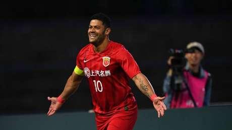 Hulk é um dos brasileiros que atua no futebol chinês