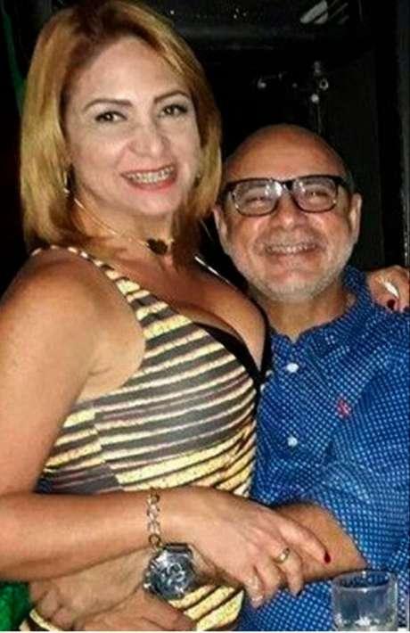 Casal. Márcia, foragida da Justiça desde o dia 18, e Queiroz, que está preso em Bangu 8