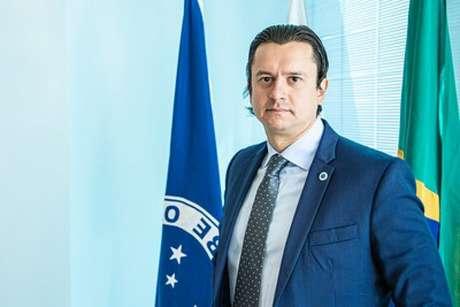 O presidente da Raposa conseguiu ver pelo menos um lado bom na pandemia que assola o mundo e atingiu em cheio o futebol- (Igor Sales/Cruzeiro)