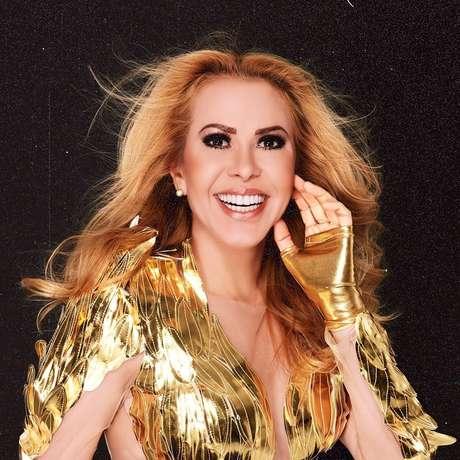 A cantora Joelma se apresenta ao vivo nesta sexta (3).