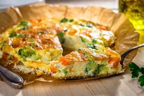 Guia da Cozinha - Torta de legumes: 9 receitas com ingredientes que tem na geladeira