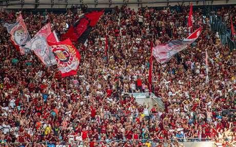 Torcedores não digeriram bem a cobrança para assistir a semifinal da Taça Rio (Foto: Paula Reis / Flamengo)