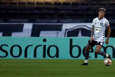 Bruno Nazário em ação pelo Botafogo (Foto: Vítor Silva/Botafogo)