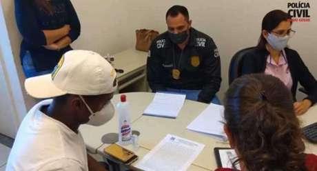 Cazares faria seu depoimento nesta terça-feira, 7 de julho, mas junto com sua defesa, antecipou a ida à delegacia-(Divulgação/Polícia Civil-MG)