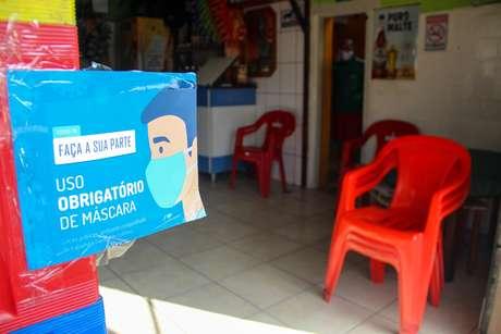 Bares e restaurantes em São Paulo podem reabrir a partir desta segunda-feira
