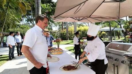 Bolsonaro em evento comemorativo pela independência americana no último dia 4; presidente afirmou que começou a sentir sintomas da covid-19 no domingo