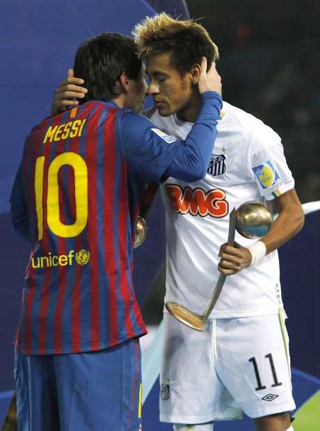 Messi e Neymar após final do Mundial de Clubes de 2011