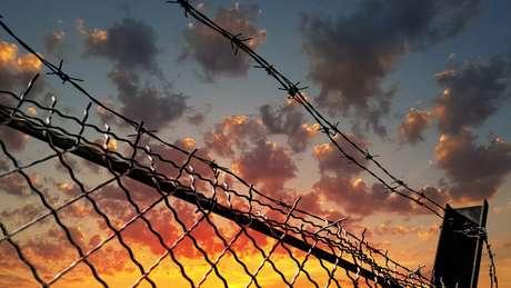 Nos últimos meses, pelo menos 28 países africanos anunciaram que libertariam, no total, 83.105 presos para evitar o aumento de casos de covid-19 entre detentos