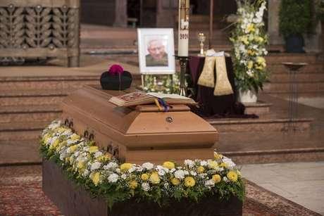 Funeral de Georg Ratzinger em Regensburg, Alemanha