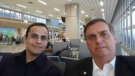 Perfil que seria administrada por Tercio Arnaud Tomaz, funcionário do Planalto, no Instagram foi derrubado por Facebook