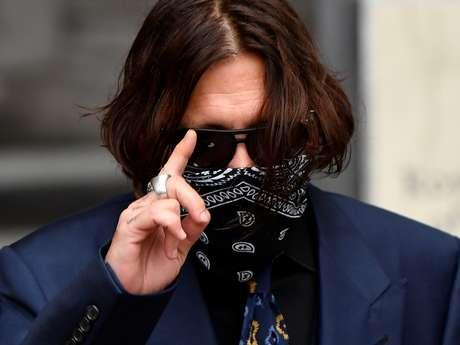 Ator Johnny Depp chega à Suprema Corte de Londres 09/07/2020 REUTERS/Toby Melville