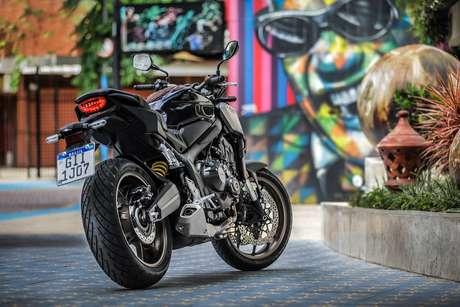 CB 650R tem muito estilo e chega por R$ 39.416.