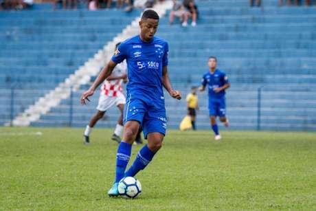Jadsom chegou ao Cruzeiro em 2018 e já despertou interesse de outras equipes, como o Athletico-PR-(Gustavo Aleixo/Cruzeiro)