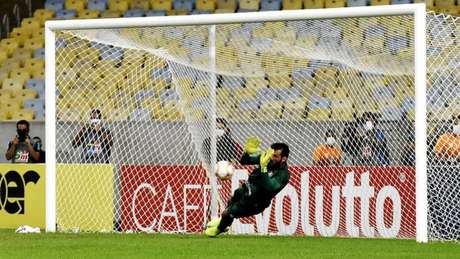 Muriel foi o herói da noite no Fluminense e garantiu o título (FOTO DE MAILSON SANTANA/FLUMINENSE FC)