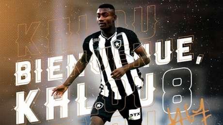 Salomon Kalou assinou com o Botafogo até dezembro de 2021 (Foto: Reprodução/Twitter Botafogo)