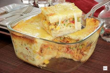 Guia da Cozinha - Receitas de torta na travessa para uma refeição prática e muito saborosa