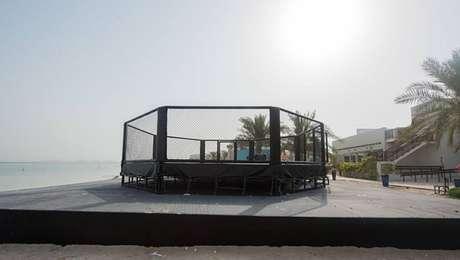 Megaestrutura nos Emirados Árabes Unidos proporciona segurança ao UFC