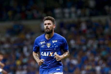 Sóbis jogou no Cruzeiro até 2018, mas ainda era motivo de uma disputa financeira com o Tigres-MEX-(Foto: Cristiane Mattos/Light Press)