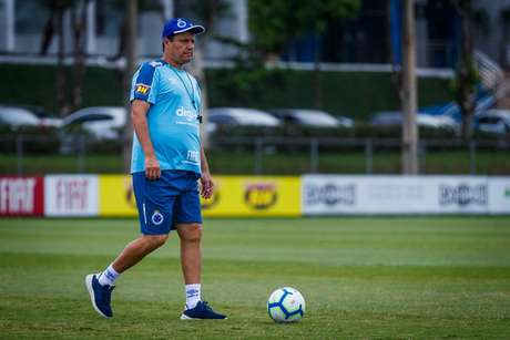 Adilson Batista assumiu o Cruzeiro nas rodadas finais do Brasileirão do ano passado e foi desligado do clube neste ano (Foto: Vinnicius Silva/Cruzeiro)