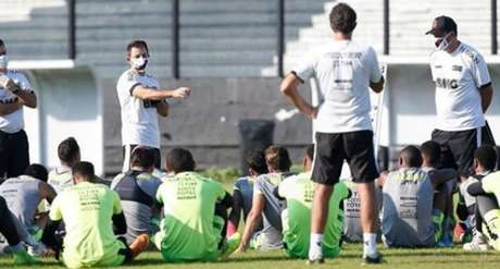 Jogadores do Vasco tiveram parte dos salários pagos pelo clube (Foto: Rafael Ribeiro/Vasco)