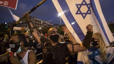 Jovens em Israel alegam estar passando por dificuldades financeiras