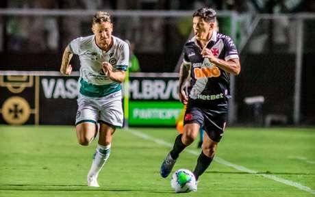 Primeiro jogo entre Goiás e Vasco foi em São Januário e terminou com vitória goiana (Foto: Maga Jr/Ofotografico)