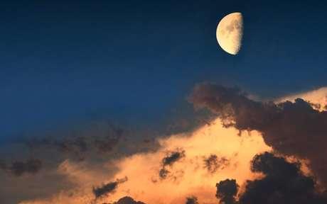 Entenda o que a Lua Minguante em Áries traz para os próximos dias - Crédito: Mau47/Shutterstock