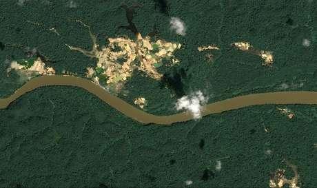 Imagens de satélite indicam desmatamento e mineração em Roraima  26/08/2019 Distribution Airbus DS/Handout via REUTERS