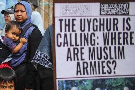 Protestos contra a situação dos uigures na China são registrados em diversos países do mundo