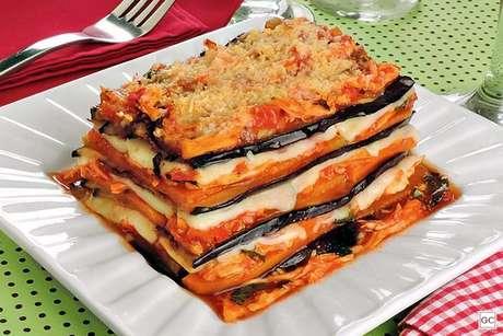 Guia da Cozinha - Receitas de lasanha de berinjela: 6 opções para quem quer evitar massas