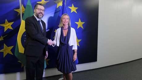 O chanceler brasileiro, Ernesto Araújo, e a Alta Representante da UE para Política Externa e Segurança, Federica Mogherini (2019).