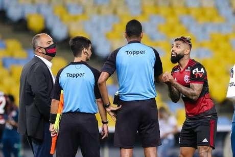 Gabigol foi expulso no final do clássico contra o Fluminense