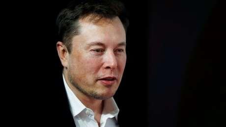 A conta no Twitter do bilionário Elon Musk foi uma das atingidas por golpe pedindo doação de bitcoins