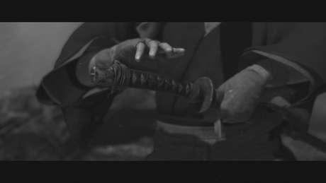 Modo Kurosawa deixa o vídeo em tons de cinza e mais granulado