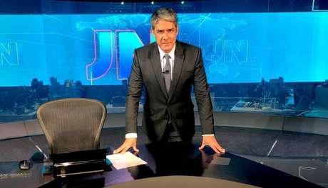 Na Globo há 34 anos, William Bonner comanda o JN desde 1996: uma trajetória de sucesso abalada por quem o acusa de falta de imparcialidade
