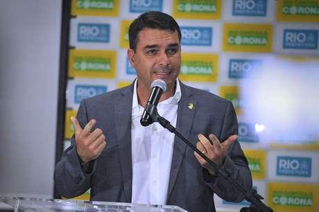Flávio Bolsonaro é investigado no esquema de rachadinha na Alerj