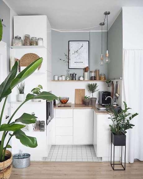 32. Cozinha completa branca – Via: Pinterest
