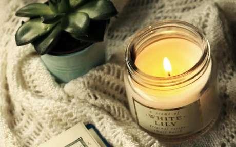 Melhore as energias da sua casa com o poder das velas aromáticas - Crédito: Mona Termos/Pexels