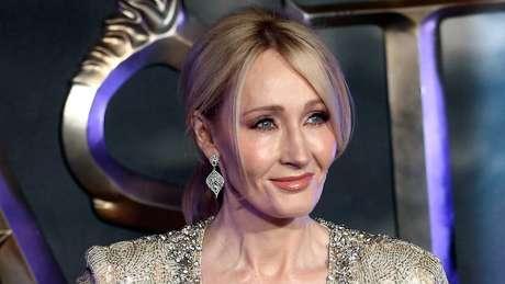 Acusada de transfobia, JK Rowling assinou carta contra a cultura do cancelamento