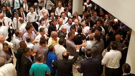 Reuniões do Conselho Deliberativo do Vasco costumam ser acaloradas (Foto: David Nascimento)